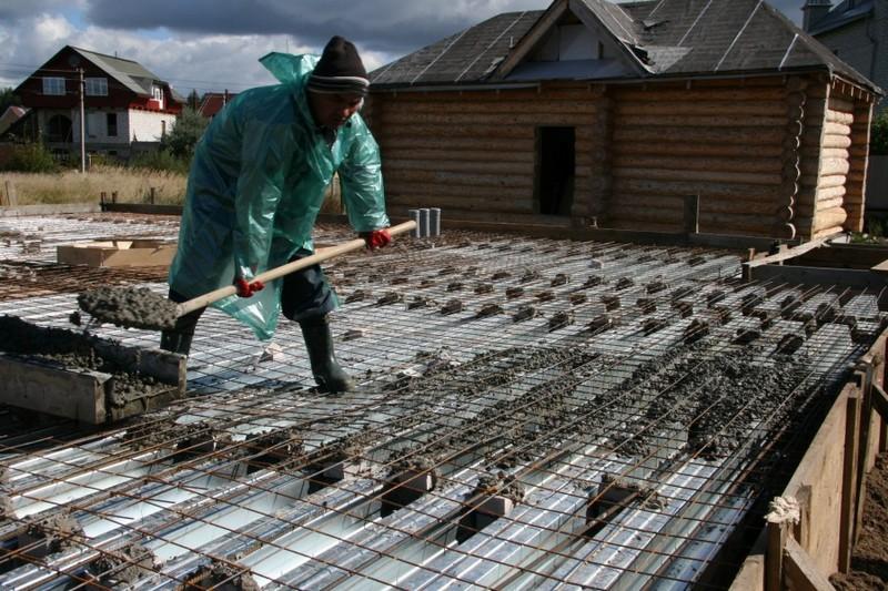 Заливка несъёмной опалубки бетоном